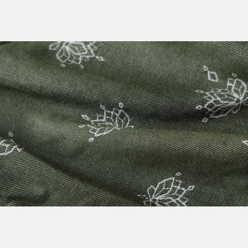 Lotus Frog Queen